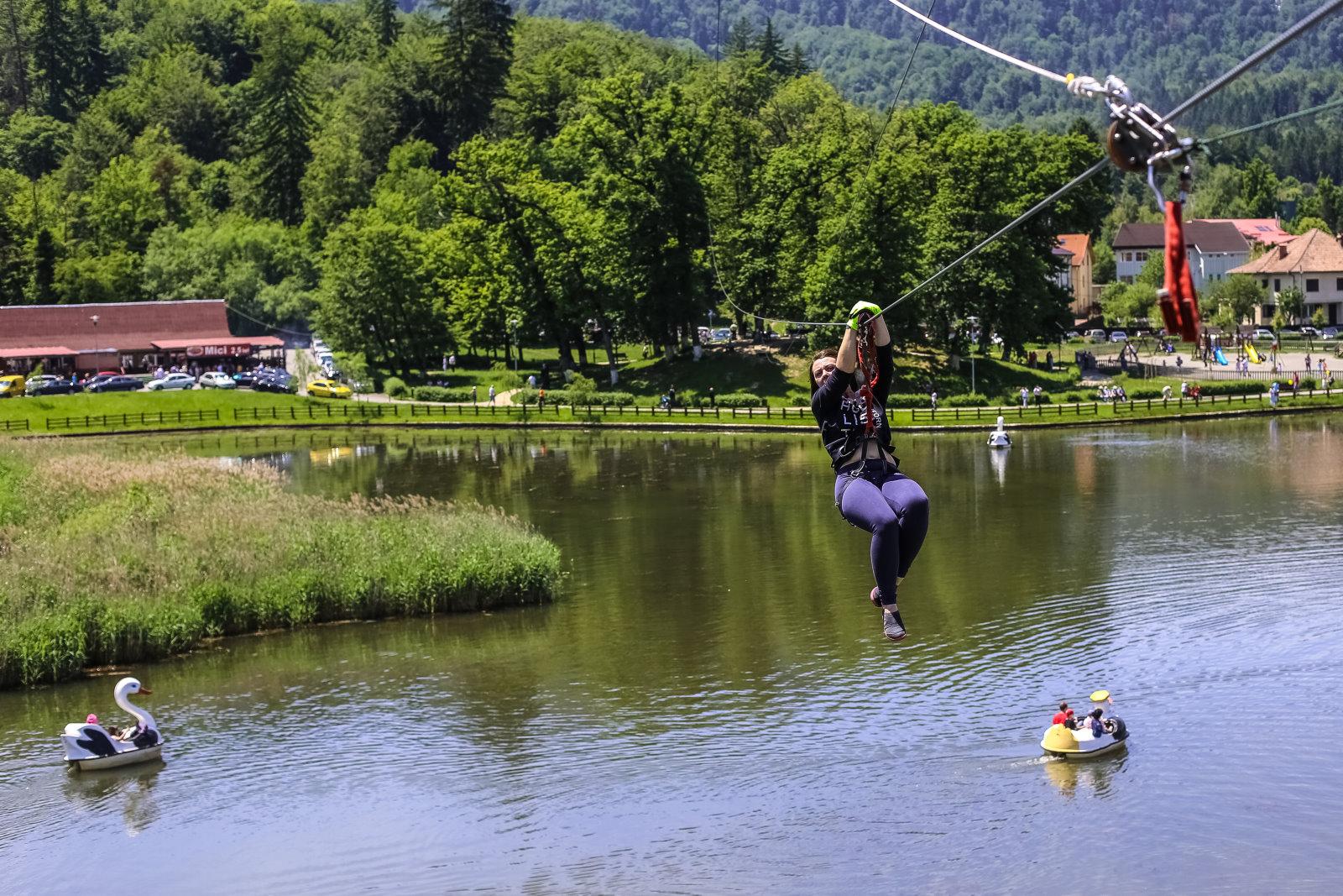 Imagini pentru parc aventura brasov